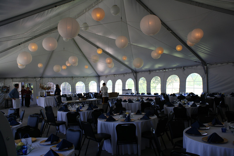 wedding receptions in tents photos