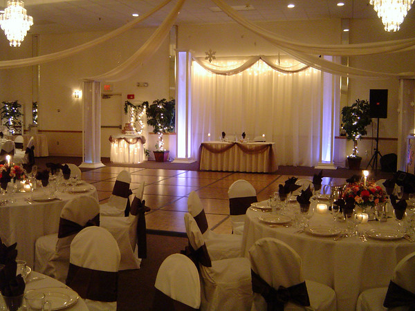 Snowflake Wedding- Decorated Backdrop, Head Table and Lighted Cake Table