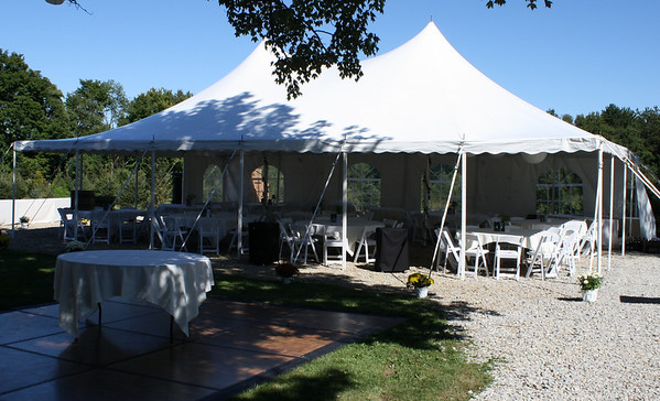 mjdecorations Backyard Tent Wedding This tent is about 25 x 35 and fits