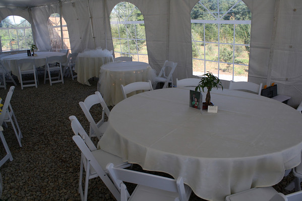 mjdecorations Backyard Tent Wedding The cake table and sweetheart table