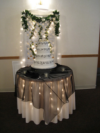 The cake was by Modern Bakery with lovely black and ivory piping